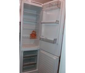 Холодильник двухкамерный б/у Siemens KG39VVW30